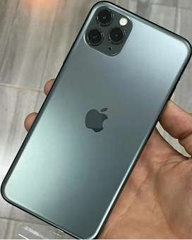 APLE IPHONE AVAILABLE HERE JUST CALL ME OR WHATSAPP ME