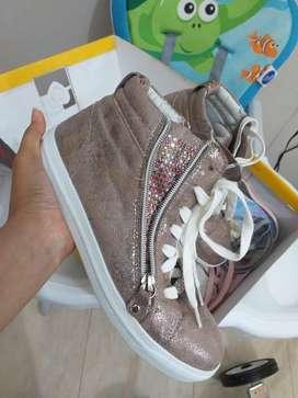 Sepatu gosh model bling bling