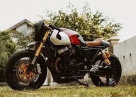 Honda CB400 Superfour Custom