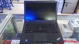 Laptop lenovo i5 ram 4GB hdd 500Gb ex singapore garansi 6bulan