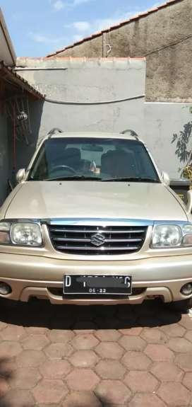 di jual escudo tahun 2005 SE 450 spesial edition nego