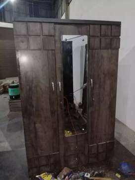 New Wardrob with Dreasing Rs:7500/-