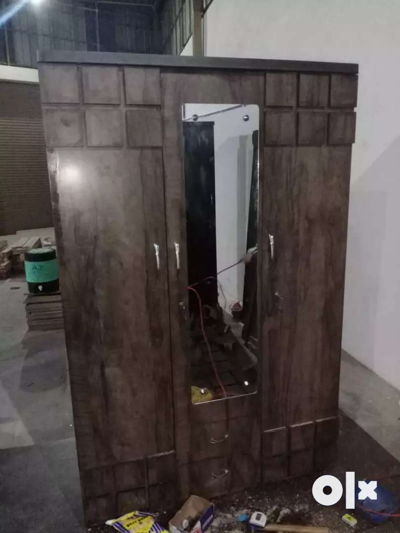 New Wardrob with Dreasing Rs:7500/- 0