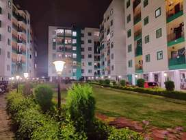 SALE 2BHK FLAT PEOPLES MALL KE PAS BEST PRICE SAMNE AYODHYABYPASS ROAD