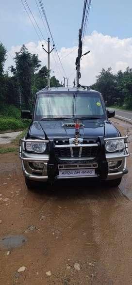 Mahindra Scorpio SLE BS-IV, 2010, Diesel
