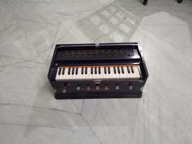 Harmonium in excellent condition