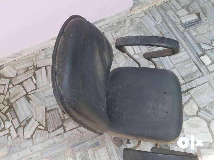 High Living Exclusive Black and Brown office chair 0