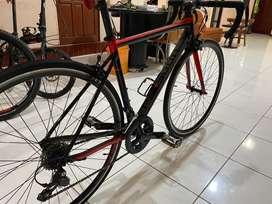 Dijual Road Bike Strattos S3
