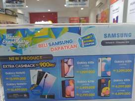 Samsung galaxy A series bisa dicicil pakai lising home credit.