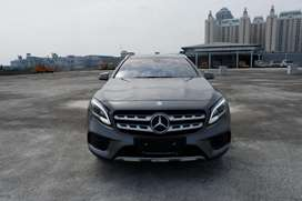 2017 Mercedes benz GLA200 Sport AMG [11000 KM]