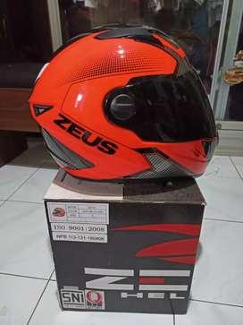 Helm zeus zs 811 size L