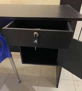 meja kantor ( bisa di jadikan meja belajar anak)