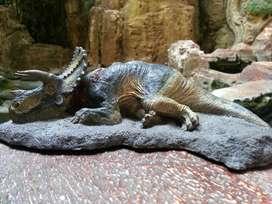 Rebor fallen queen triceratop
