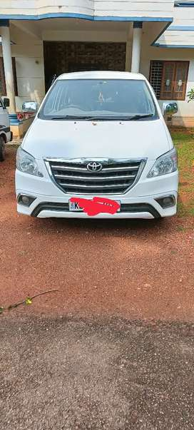 Toyota Innova 2010 for daily or monthly rent