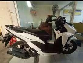 Bali dharma motor jual motor Honda Vario tekno tahun 2018