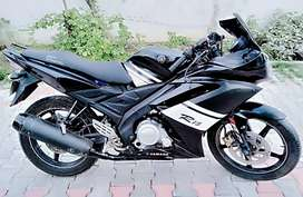 Yamaha R 15 ,2010 MDL, Excellent condition, Smooth & Sound p