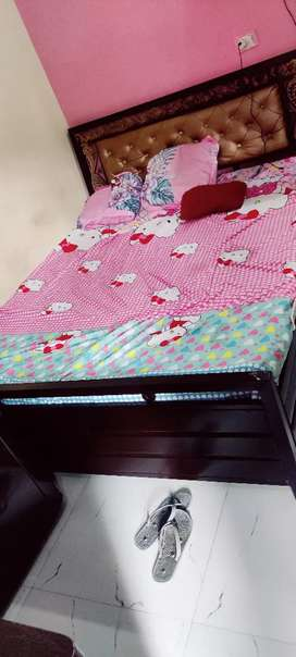 Want to sell bed