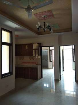 Ready to move 2 bhk flat in DLF Ankur Vihar