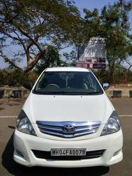 Toyota Innova 2009-2011 Crysta 2.5 VX BSIV, 2011, Diesel
