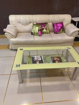 Cream color sofaSet