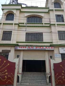 Showroom Building For Rent - 3 Floors + Basement in Lucknow