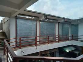 Newly constructed buildings First floor for sale and rent shops