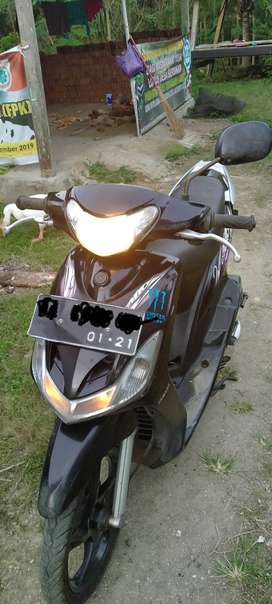 Dijual motor matic yamaha mio cw keluaran 2011