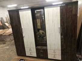 Full uv wardrobe 5 doors in hall sell price