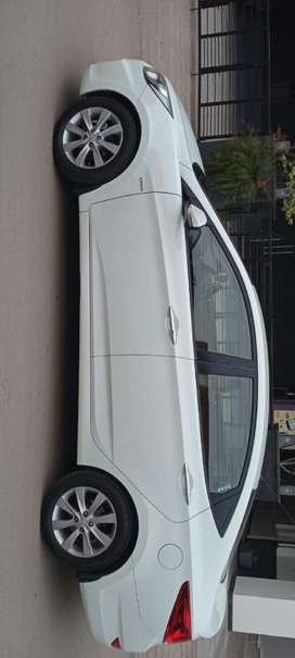 Hyundai Verna Fluidic 1.6 CRDi SX, 2012, Diesel