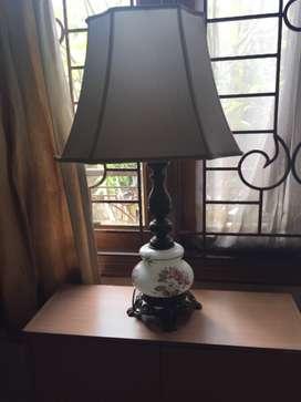 Lampu antik Italy