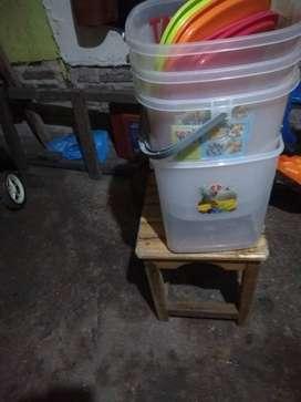 Toples ukuran 19 liter dan 17 liter