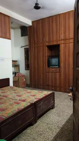 2 BHK fully furnished ground floor house available for rent