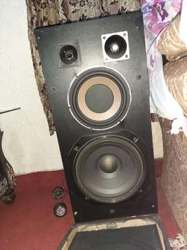 Speakers and woffers for sale