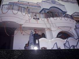 6 Bhk , 5 bathroom , sevant apartment