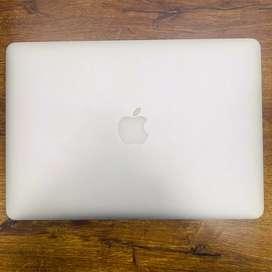 Macbook Air (early 2017)