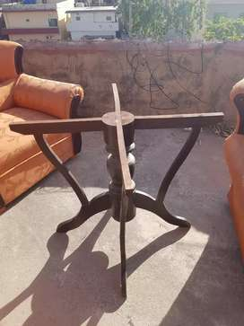 Round Dining Table with 5 chairs Rs. 16000/_