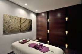 Wanted female therapist in our crystal spa