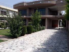 GIRL HOSTEL NEAR POLYCLINIC HOSPITAL BULE AREA ISLAMABAD