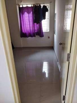 1 Room in a 3BHK near HAL maingate,Indiranagar