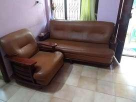 Sofa sets 3 seat + two single seater