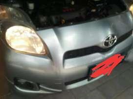 Toyota yaris th 2012