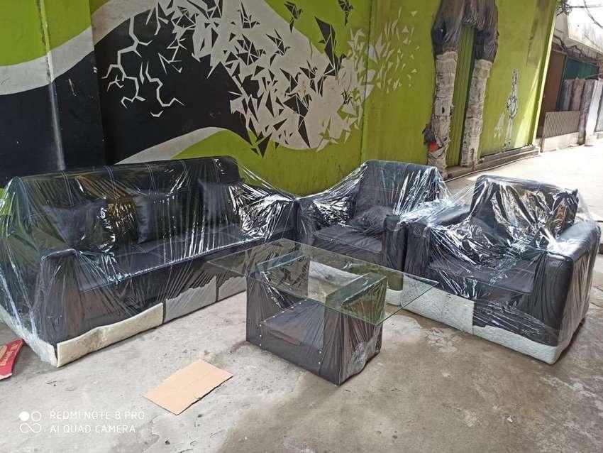 Sofa / Sofa Tamu / Sofa Keluarga / Kursi Tamu / Kursi Keluarga 0