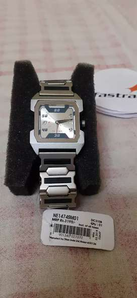Brand New fastrack watch onely 1299rs