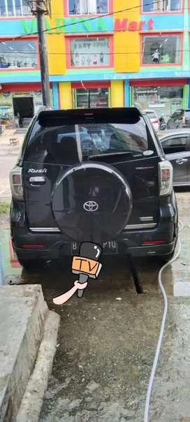 Toyota Rush 1.5 TRD / AT