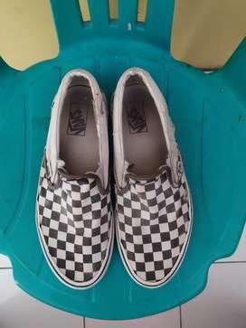 Vans slip on checkerboard