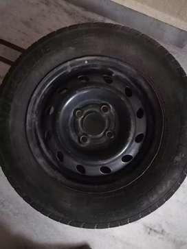 Car wheel 175 /70 R13