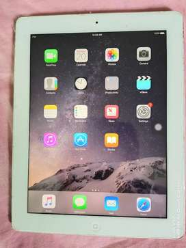 I pad 4th Gen. 16GB White Wi-Fi