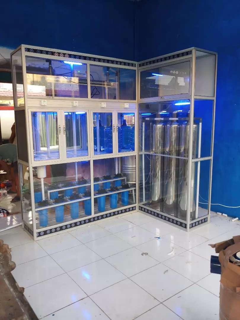 Distributor depot air minum isi ulang berkualitas dan bergaransi 0