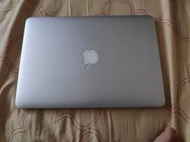 Mac book Pro Retina Display 13 inch