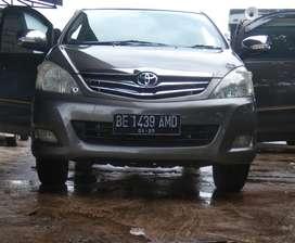 Toyota Kijang Innova 2.0 MT Bensin 2010 Istimewa